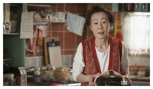 韩国演员尹汝贞横扫颁奖季,缔造20冠王纪录,离奥斯卡再进一步