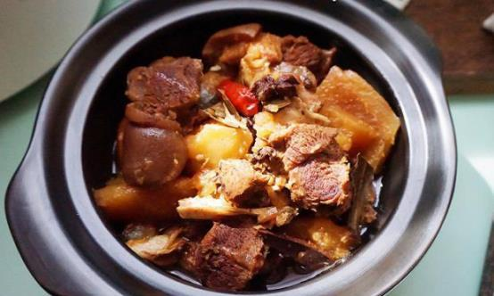今日立冬进补食谱,香压土豆羊肉,增强体质好过冬