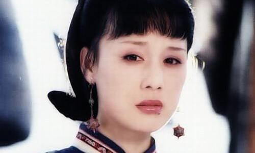 荣妃:为康熙生下第一个孩子,母凭女贵,因康熙疼爱女儿而封妃