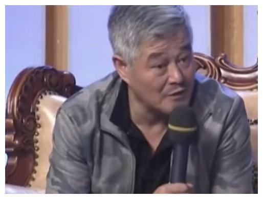 """""""冯乡长""""去世后,赵本山每年都给她妻儿钱,还立下了一条规矩"""