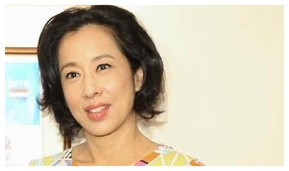 朱玲玲改嫁给罗康瑞,霍启刚反而成大赢家,将再获得百亿资产