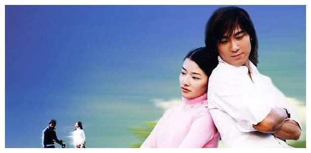 23岁走红,霍建华、陈乔恩为她做配,如今42岁当瑜伽老师