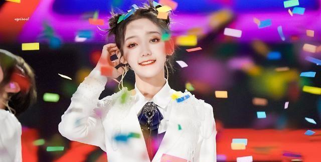 热门综艺《创造营2020》成团出道了,硬糖少女303成团之夜图集