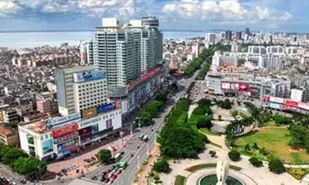 """广西""""最不争气""""的3个城市,一个旅游城市,一个是沿海开发城市"""
