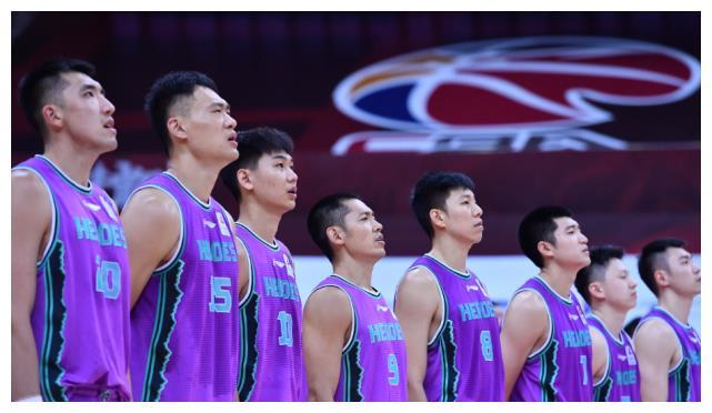 山东男篮一个赛季被青岛男篮横扫:西王集团出来走两步给球迷说法