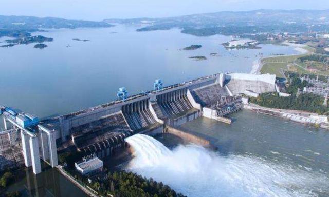 亚洲最大人工湖,水量可供1亿人饮用,就位于河南一座小县城内