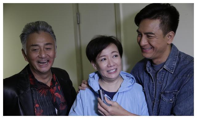 56岁TVB女星回归无线,与新晋视帝演母子,有最帅花无缺做老公!