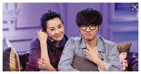 许晴和华晨宇承认对方是灵魂伴侣,会终身相爱,网友纷纷祝福