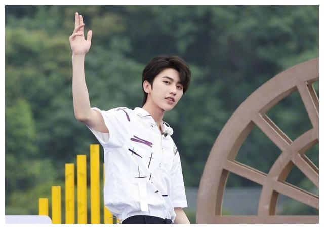 《奔跑吧黄河篇》12月4日开启!蔡徐坤与成毅双顶流,收视稳了