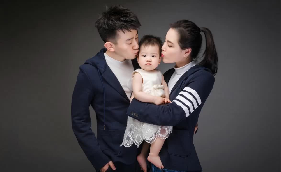 吴敏霞张效诚夫妇结婚三周年,首度公开求婚视频,浪漫感人超温馨