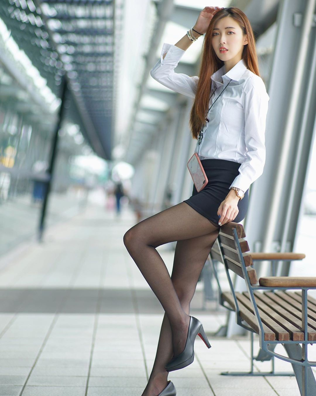 职业套装黑丝高跟鞋,冷艳高贵!