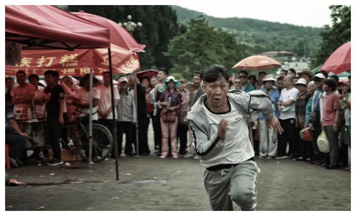 王海涛出演小镇警事 张老疙瘩被粉丝戏称全民老疙瘩