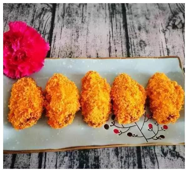 美食推荐:泡炒菜虾,面包糠烤鸡翅,爆炒杂菌的做法