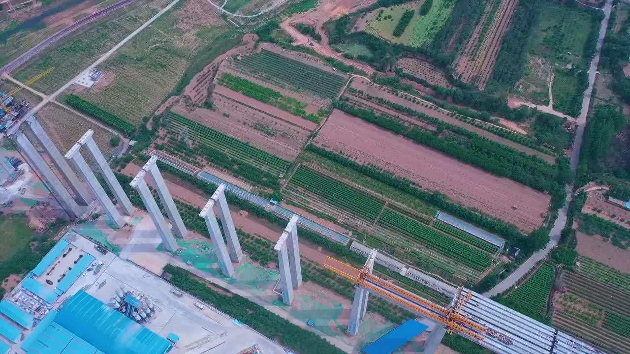 中国桥梁建设,没有到不了的高度,没有跨不过去的山河