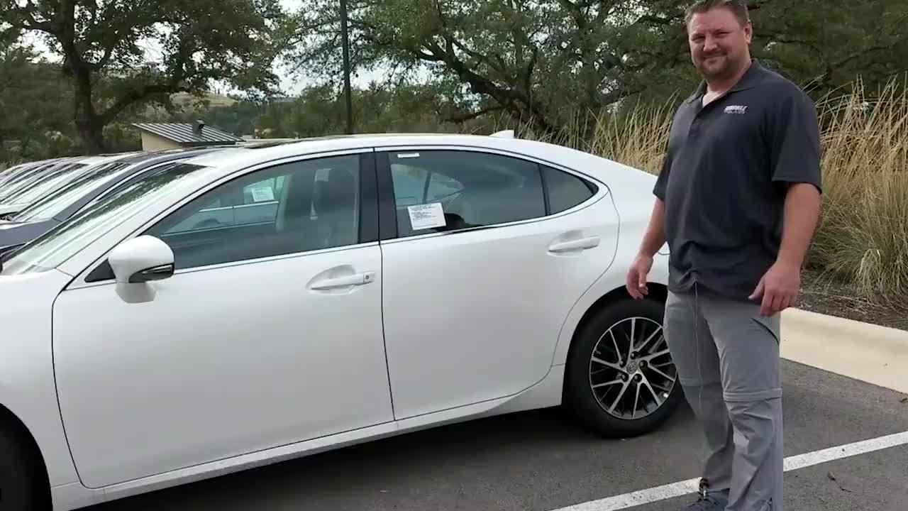 """开了这么多年的车,才明白""""三角窗""""的作用,别等车子报废才知道"""