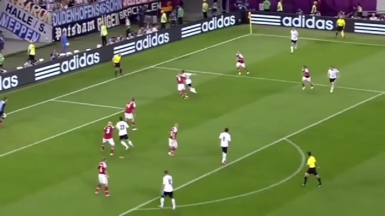 欣赏欧洲杯经典进球,德国队前场精彩配合,波多尔斯基国家队进球