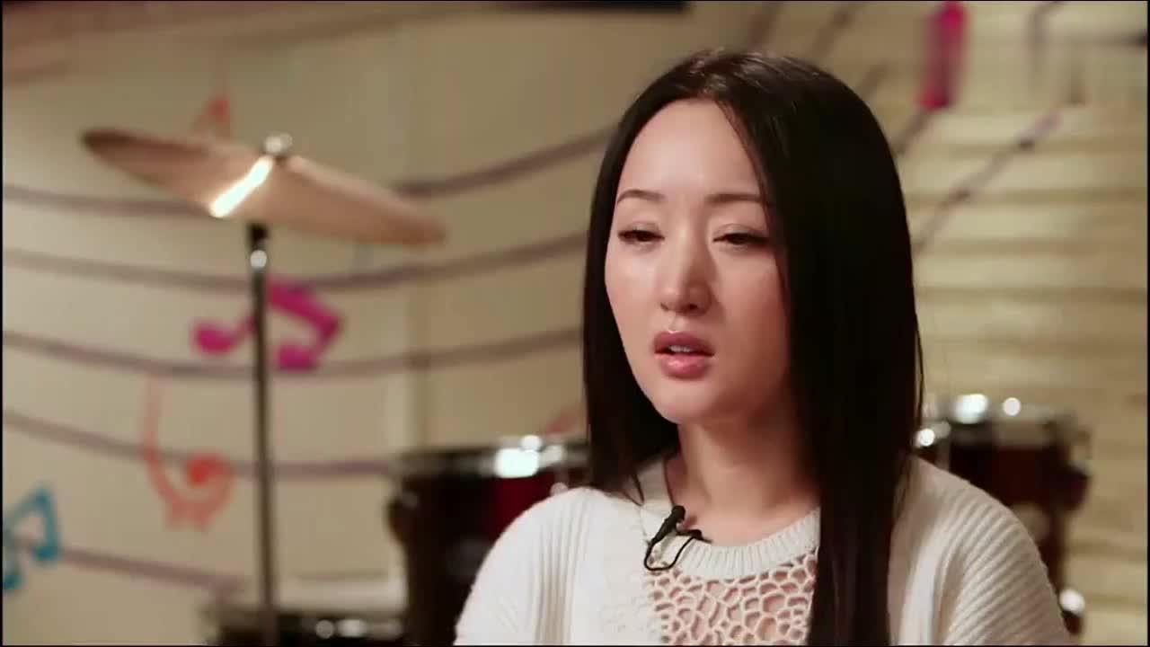 杨钰莹为了不让小女孩紧张,竟带着她跳广场舞,导师们都听呆了!