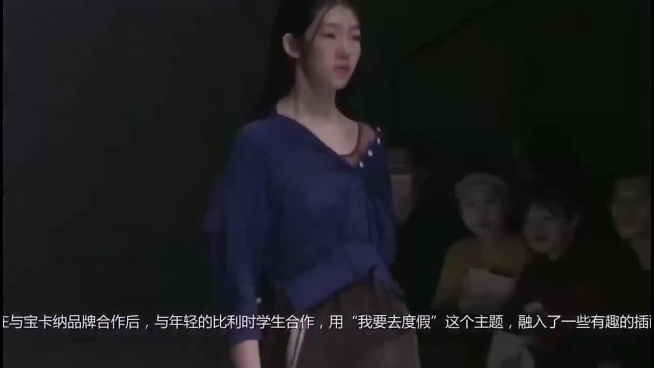 不对称的美感,黑色单肩裙性感时尚,小露香肩十分诱人!