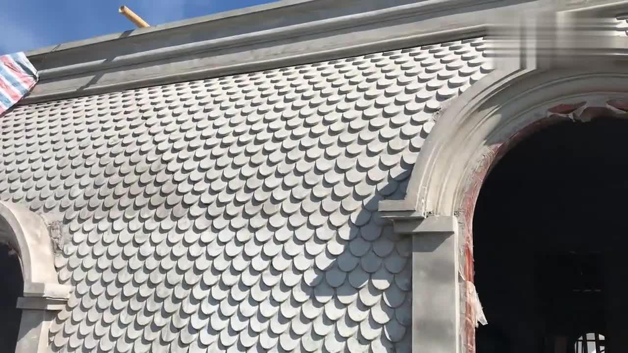 房屋建筑:匠人打造丽的屋顶,这耐心不是一般的好