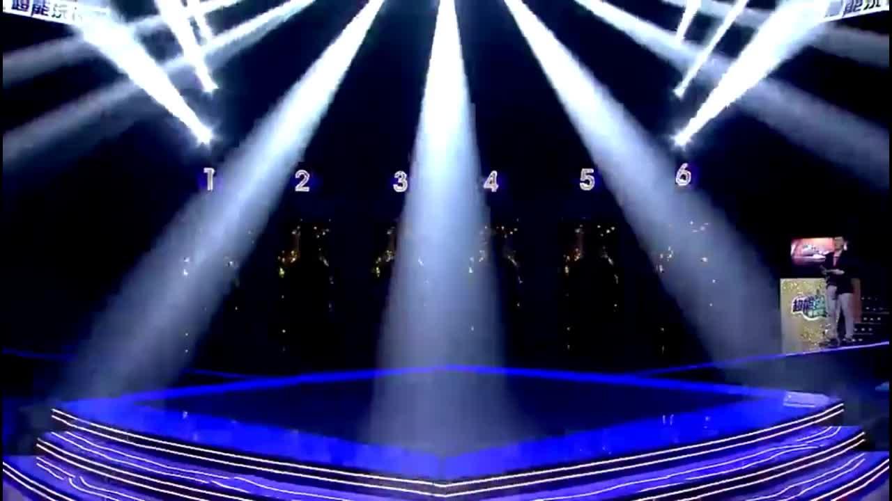 """隐藏歌手:这首《朋友别哭》太经典了,六位""""吕方""""齐唱,震撼!"""