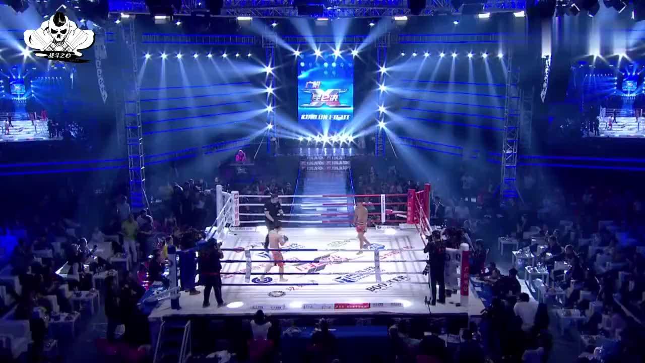 中国猛将上来几拳KO日本对手,举牌宝贝都激动地挥起拳头