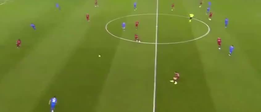利物浦开场闪击,张伯伦贴地破门首开记录