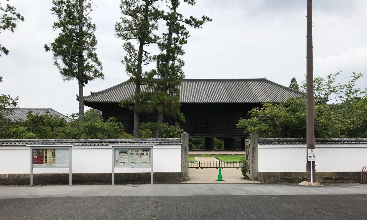 本为东大寺仓库,只因所藏物品太珍贵,被划拨皇室由宫内厅管理