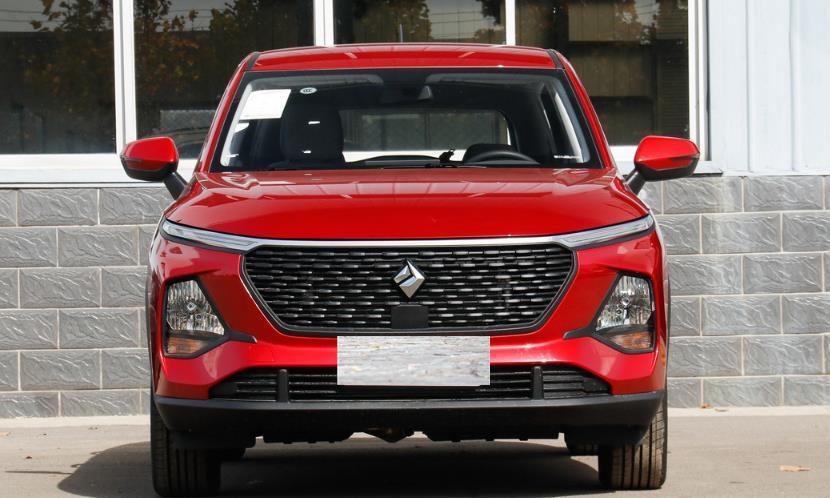 """国产SUV中的""""价格屠夫"""",价格探至4.88万,油耗5.9L"""