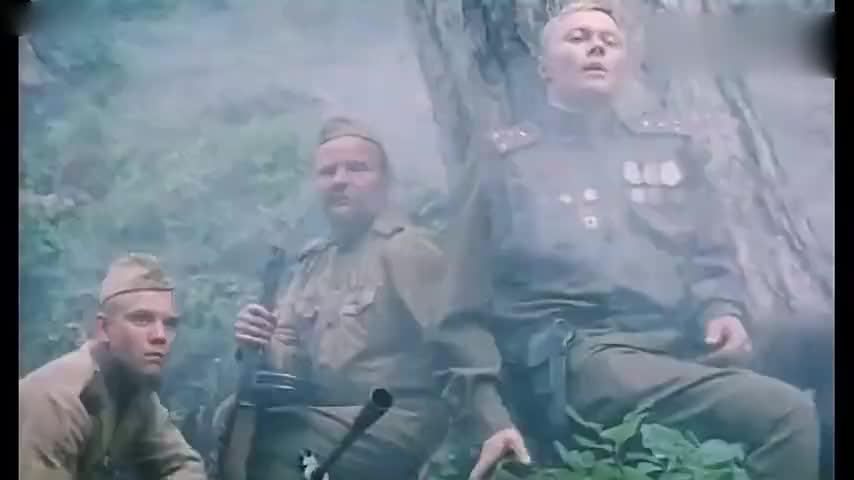 轰炸机:苏军潜伏丛林桥头,机枪疯狂扫射过往德军,精彩震撼啊