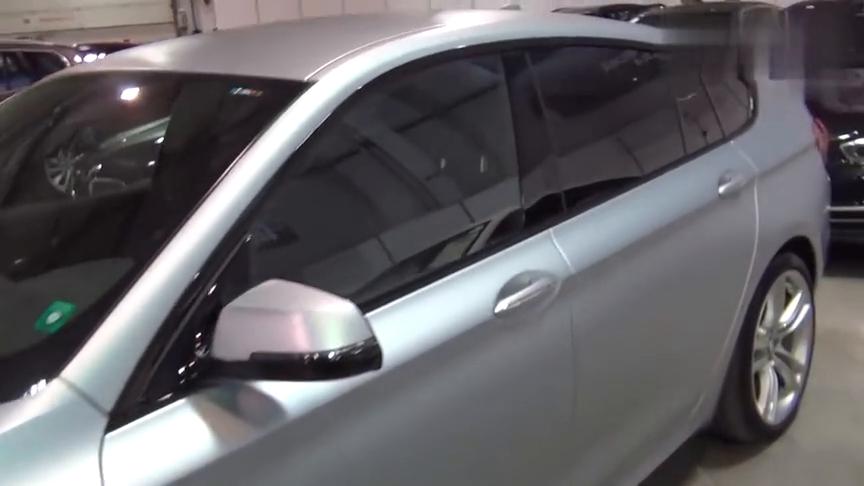 进口宝马5系轿跑车530D,全新V8引擎油耗3升对飚奔驰E级