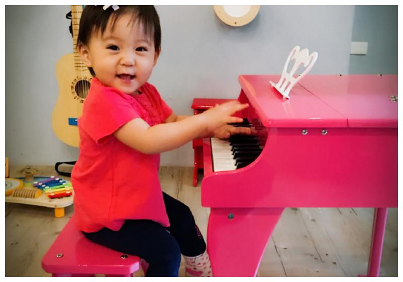这才叫基因强大!看看贾静雯4岁的女儿,网友:全世界在等你长大