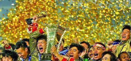 跳出足球看足球!审视这支球队对济南的重要价值,打响城市名片