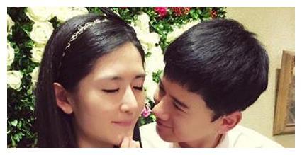 张杰谢娜庆祝结婚九周年,晒出全家福,两位小公主背影超可爱!