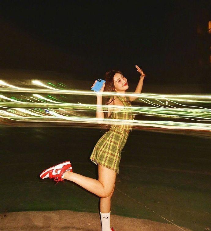 韩国Red velvet成员Joy的私服穿搭,少女感十足,甜度满分