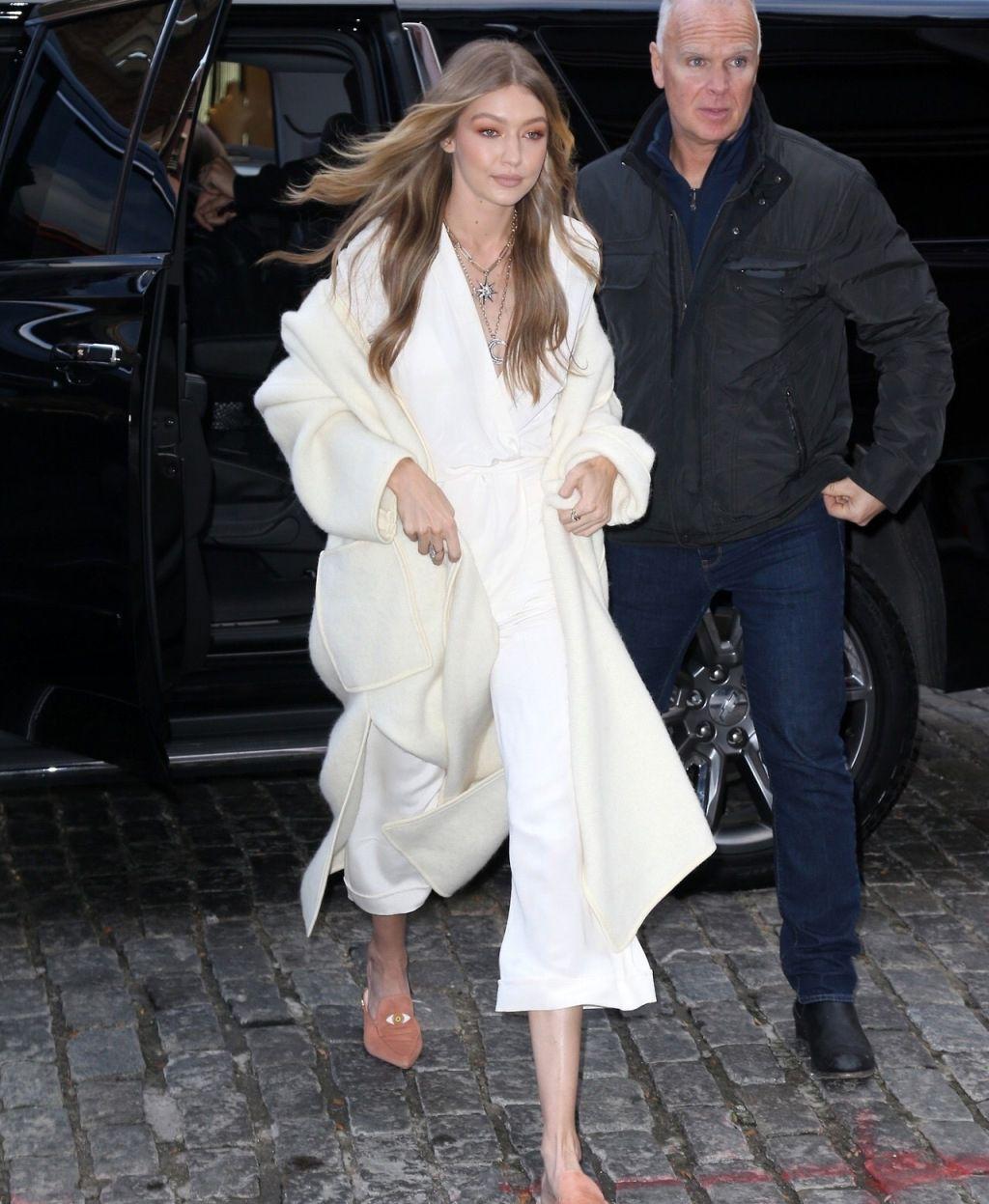 美女模特Gigi Hadid吉吉·哈迪德