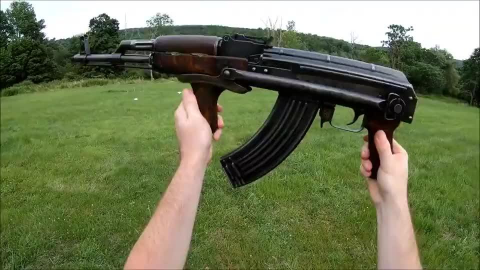 抗造的折叠式突击步枪户外射击评测可靠性极高