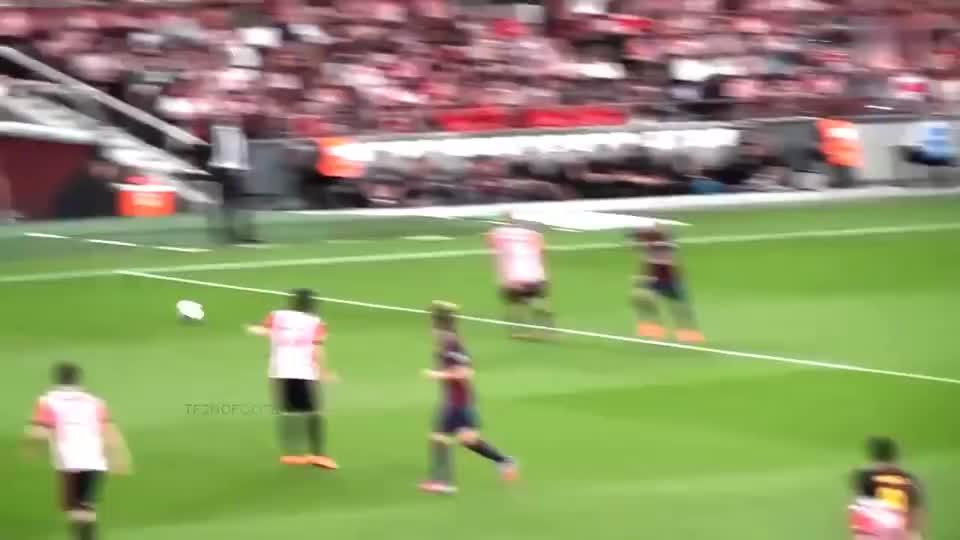 球王梅西燃爆球场的时刻,带你去现场用球迷的视角感受这一刻