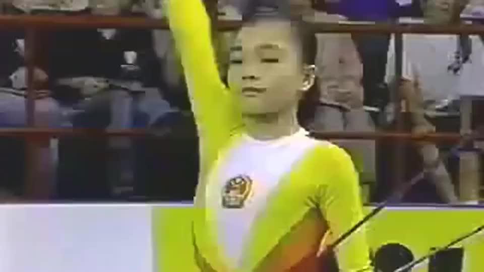 """体操高低杠,莫慧兰才是中国第一人,经典""""莫氏空翻""""被禁止使用"""