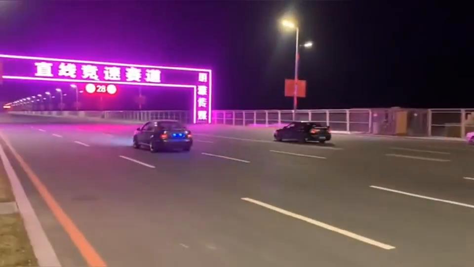 宝来R直线加速大战三菱EVO