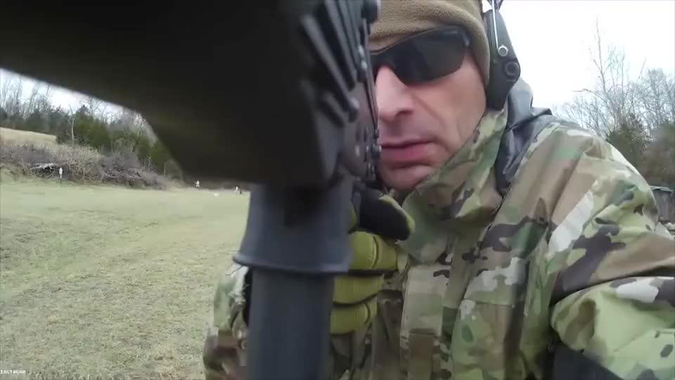 USAKP9卡宾枪,发射9mm口径弹药,户外靶场射击测试