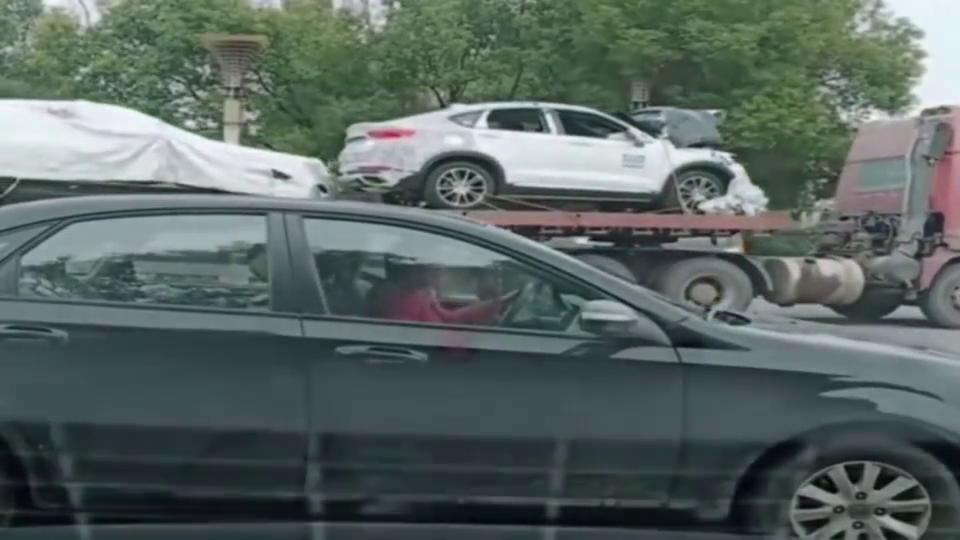 实拍:拿新车来做碰撞测试,造最安全的车给国人!