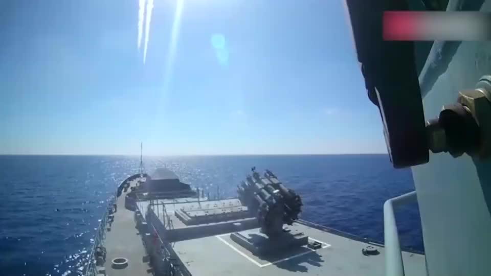 俄罗斯巡航导弹,这勾勒出的轨迹有点壮观