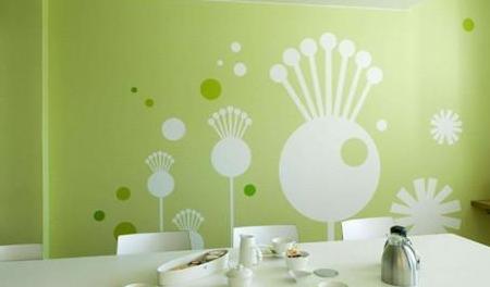 乳胶漆是刷好还是喷好?乳胶漆墙面施工注意事项!