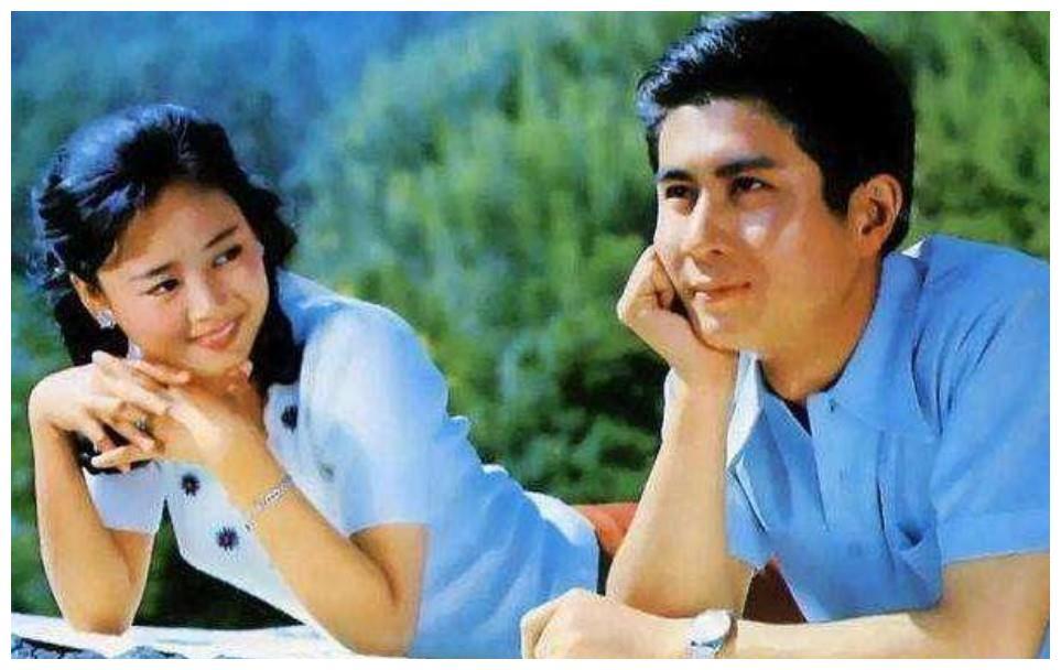 62岁老戏骨郭凯敏,二婚娶尤勇前妻,儿子长相比他还帅?