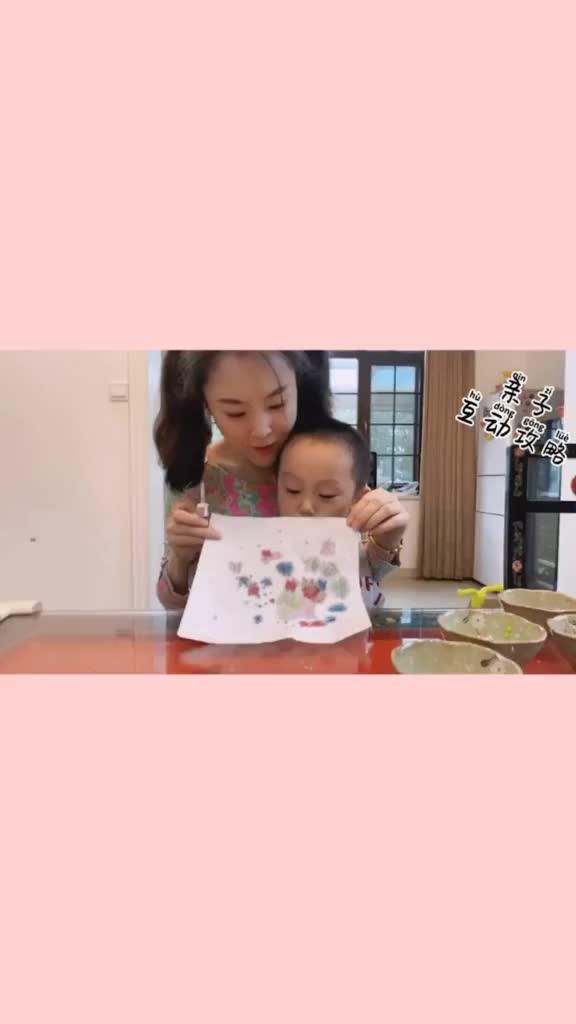 亲子互动攻略 | 滴管作画,让宝宝的艺术启蒙更有趣