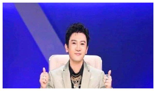 """46岁""""五阿哥""""苏有朋做客综艺,脸部僵硬被网友质疑整容"""