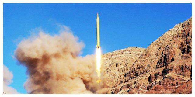 4000枚导弹随时待命,伊朗高官犀利直言:全球只有一国能阻止战争