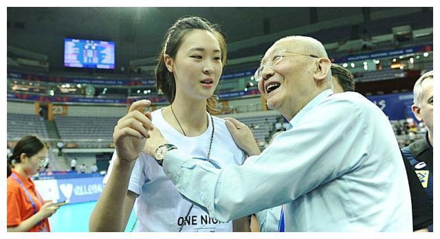 排球女神惠若琪有多拼?做2次心脏手术,体内仍留7颗钢钉