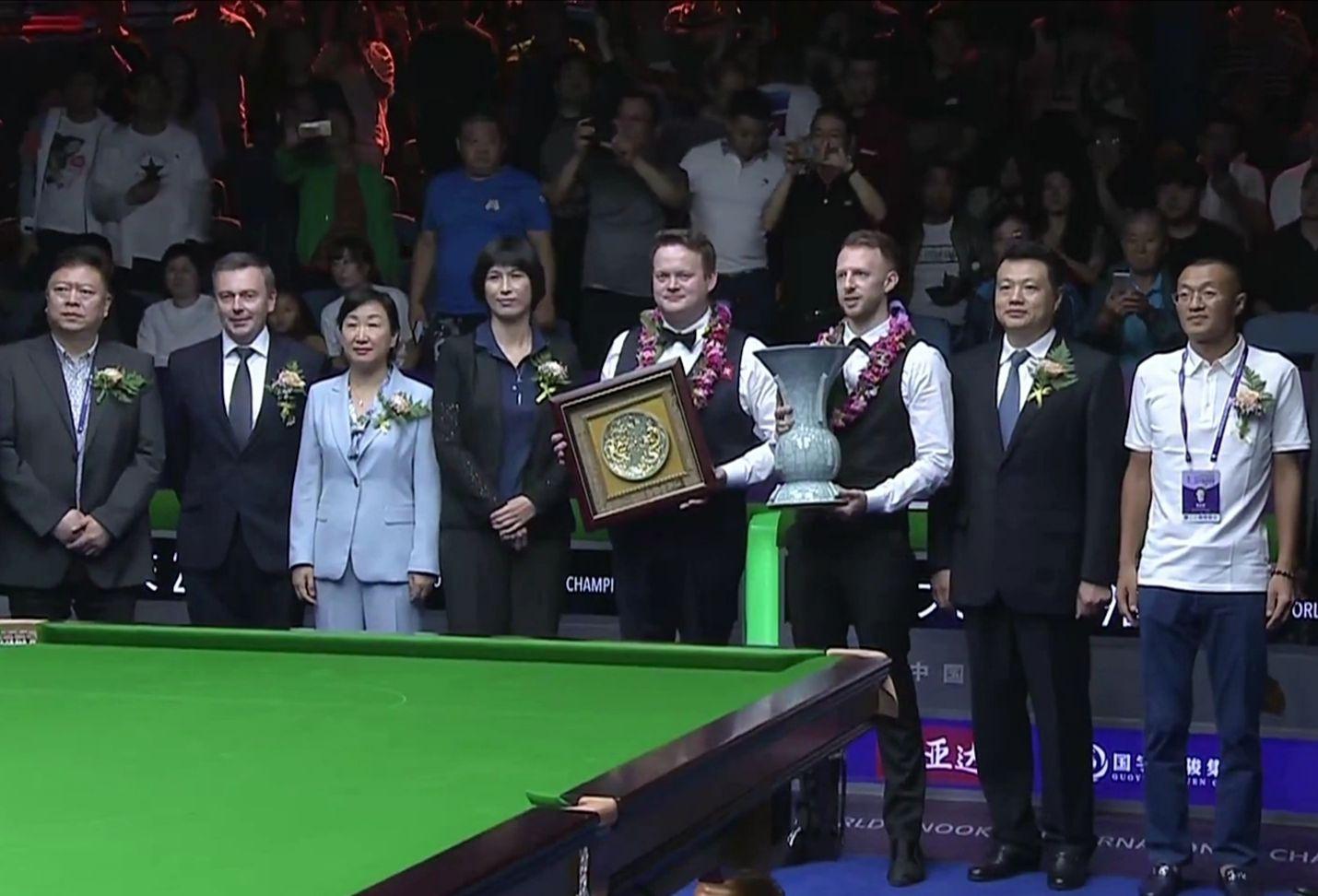 特鲁姆普加冕2019国锦赛冠军颁奖典礼