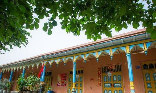 新疆一个与摩洛哥相当的小城市,一旦西域大国,他仍然活着